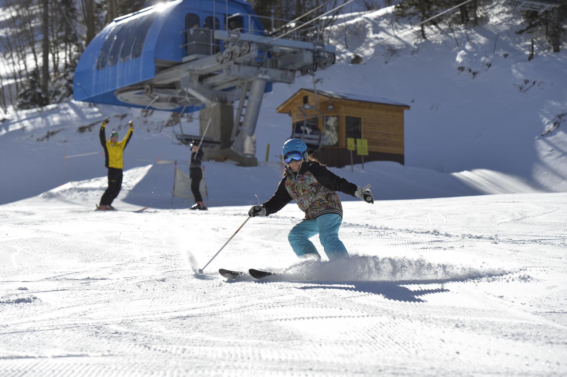 Snowsports Lessons | Taos Ski Valley